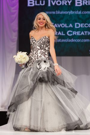 c17-13-Canadas-bridal-show-2014-wedding-photography.jpg