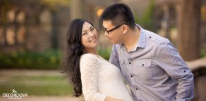 01-uoft-trinity-college-engagement-photography.jpg