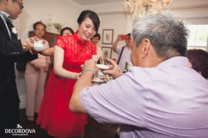 09-kingston-wedding-traditional-chinese-tea-ceremony.jpg