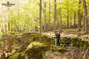 04-hamilton-bruce-trail-engagement-photos.jpg