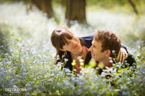 13-ancaster-engagement-photography-flowers.jpg